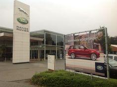 Reclamedoek voor de nieuwe Land Rover Sport, in opdracht van Land Rover Metropool te Brasschaat