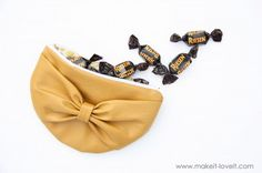 zipper pouch with big bow
