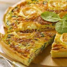 Savory Breakfast, Breakfast Recipes, Snack Recipes, Healthy Recipes, Quiches, Best Quiche Recipes, My Favorite Food, Favorite Recipes, Weird Food
