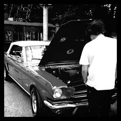 Harry and a Mustang...too much hotness in one pic, and I can't even see his face.