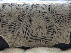 Throw Pillows, Bed, Lace, Toss Pillows, Cushions, Stream Bed, Decorative Pillows, Racing, Beds