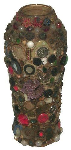 1930's memory jar with wonderful decoration.