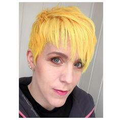 New day, new hair, new possibilitys. My boss helped me bleach my roots and fix the cut. Then I added my beloved yellow ❤️ My Roots, Pixie Cut, New Day, Bleach, Boss, Yellow, Amazing, Hair, Pixie Buzz Cut