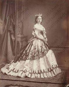 Princess alice of Hesse, Alexandra's Mother