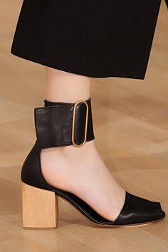 150 главных пар обуви Недели моды в Париже   Мода   Выбор VOGUE   VOGUE