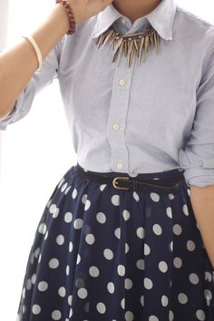 lady-like with a touch of edge (minus polka dot skirt) Rock Style, Style Me, Classy Style, Fashion Blogger Style, Look Fashion, Fashion News, Fashion Blogs, Classic Fashion, Spring Fashion