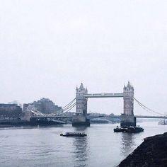 London - @fiacelah