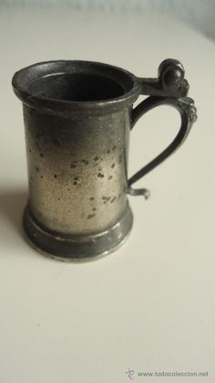 Pequeña jarrita de colección en metal-jarra de miniatura  fabricada en España nº 8 10 ver dorso