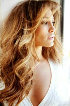 JLO LOVE THE HAIR