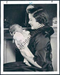 Gene Tierney & daughter Christina