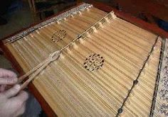 Learn to play the Hammered Dulcimer