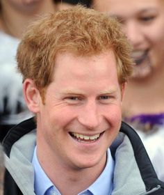 Prinz Harry: Ich find's cool, keine Freundin zu haben http://www.bild.de/unterhaltung/royals/prinz-harry/findet-es-cool-keine-freundin-zu-haben-40984658.bild.html