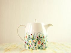 Hand painted teapot wildflowers in spring meadow par roootreee, £28.00