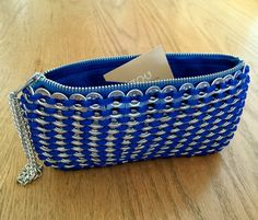 La main boissons gazeuses Pull Tab Crochet bleu par IzouBijoux