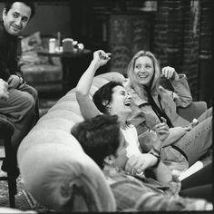 ideas for funny memes pictures people friends Friends Behind The Scenes, Friends Scenes, Friends Moments, Friends Forever, Friends Tv Show, Serie Friends, Friends Cast, Joey Friends, Ross Geller