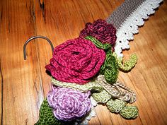 My Vintage Crochet Hanger done! Free Pattern available for download!