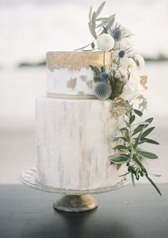 White and Gold Ocean Inspiration Wedding Cake!
