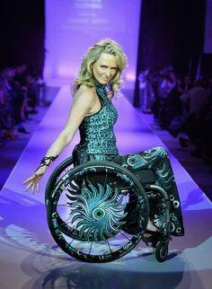Cadeirantes em Foco: Linda cadeirante