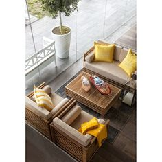 Belray Lounge Set aus Holz mit Polster Take a look at http://www.woonio.de/p/belray-lounge-set-aus-holz-mit-polster/