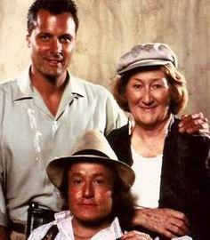 El Hechicero...  Simon McKay  Douglas Barr  Tillie     Serie del año 1986