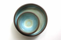Chocolate stoneware bowl and dish