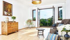 Przestronny salon z wyjściem na balkon #relax foto:17pixeli