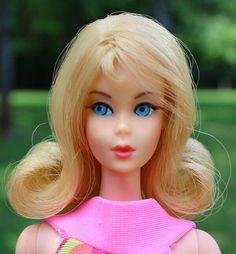 Vintage Barbie, Barbie Clothes, Barbie Dolls, Pretty Hairstyles, Blond, Ebay, Disney Princess, Nice, Friends