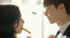 Realism] Lookin' at life through drama-colored glasses Trick Questions, While You Were Sleeping, Park Shin Hye, Hyun Bin, Pinocchio, Hyde, Korean Drama, It Cast, People