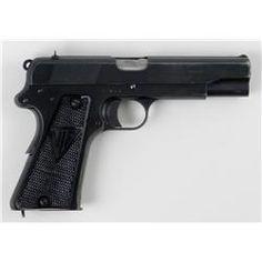 P.35 Nazi Radom Type I Semi-Automatic 9mm Pistol | ^ (<) https://de.pinterest.com/willowmaker/radom/