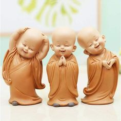 Little Monk Sculpture Resin Hand-Carved Buddha Statue Home Car Decoration Accessories Gift Small Buddha Statue Creatives Shaolin Brand Name: LUKENIRegional Feature: ChinaTheme: peopleMaterial: Resin Buddha Statue Home, Small Buddha Statue, Buddah Statue, Buddha Kunst, Buddha Art, Baby Buddha, Little Buddha, Statues, Buddha Decor