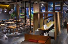EAST+/+restaurant