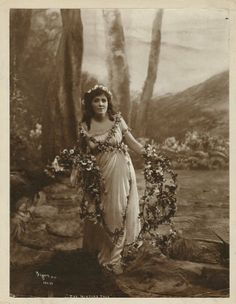 Viola Allen in The Winter's Tale. Photograph, 1916. Folger Shakespeare Library.