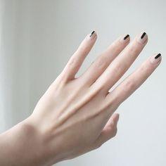 graceful 40+ Elegant and Minimalist Nail Art Design Ideas