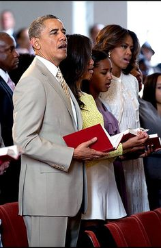 44thPresident BarackObama Easter April 20, 2014 Rev. Dr. Howard-John Wesley welcomed the president, First Lady Michelle, Malia and Sasha Obama, who were among more than 500 attendants at the Sunday service in Alexandria.