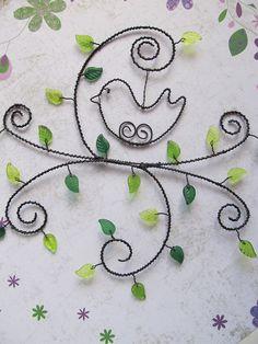 Zelená větvička s ptáčkem