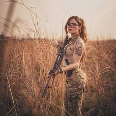 Bow Hunting Women, Female Soldier, N Girls, Dangerous Woman, Country Girls, Pin Up, Guns, Lady, Instagram