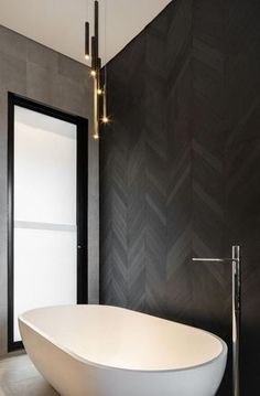 Beautiful master bathroom decor tips. Modern Farmhouse, Rustic Modern, Classic, light and airy master bathroom design some ideas. Master Bathroom makeover a few suggestions and bathroom remodel suggestions.
