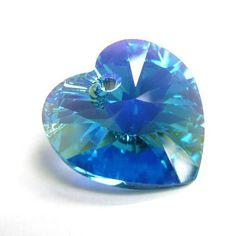 1 pc Swarovski Xilion Crystal 6228 Heart Charm Pendant Blue Zircon AB 18mm / Findings / Crystallized Element SWAROVSKI ELEMENTS