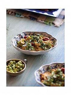 תבשיל עדשים ותפוחי אדמה מתובל בקארי מדראס (הגדל)