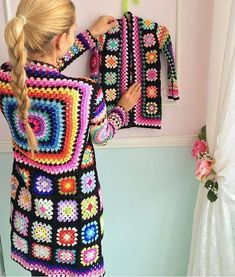 Transcendent Crochet a Solid Granny Square Ideas. Inconceivable Crochet a Solid Granny Square Ideas. Gilet Crochet, Crochet Coat, Crochet Cardigan Pattern, Crochet Jacket, Crochet Yarn, Crochet Clothes, Crochet Girls, Love Crochet, Crochet Motif