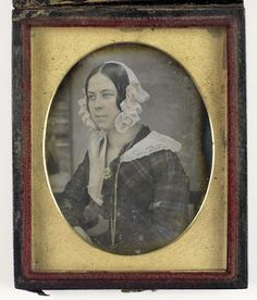 Young woman, Dutch, 1840's. Rijksmuseum, nr. RP-F-F14448-A (?)