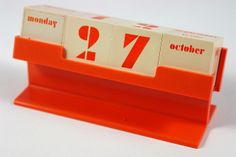 vintage perpetual desk calendar by H is for Home, via Flickr