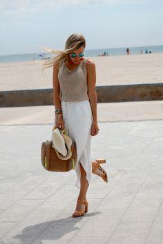 White and beige, so cute!