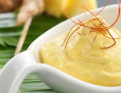 iSi – Curry Cream Sauce – tasty with poultry dishes Tapas, Pasta Al Curry, Salsa Curry, Sauce A La Creme, Mousse, Sauce Crémeuse, Professional Chef, Curry Powder, Pineapple Juice
