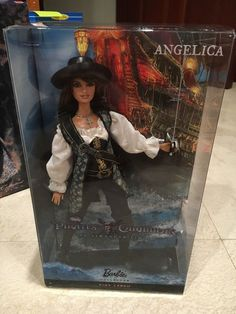 PIRATES OF THE CARIBBEAN ANGELICA BARBIE DOLL PENELOPE CRUZ PINK LABEL COLLECTOR #Mattel #Dolls