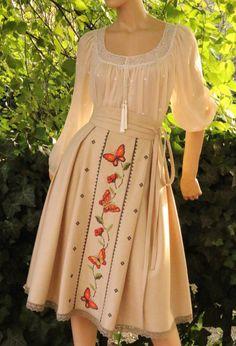 Modest Outfits, Boho Outfits, Pretty Outfits, Pretty Dresses, Ukrainian Dress, Kurta Designs Women, Fantasy Dress, Japan Fashion, Maxi Dress With Sleeves