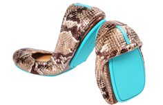 Love, love, LOVE Tieks. Want these Copperhead Snake ones desperately, alas, I remain on the wait list...
