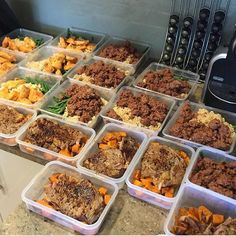 """#1 Meal Plan & Prep Tool on Instagram: """"KILLIN IT! If this prep doesn't say gainz, then you're probably not seeing results like @bryce_whatley_fitness - Download @mealplanmagic to enter in your body metrics, pick a goal, find out your macros, and build a meal plan that gets you the physique you desire!"""