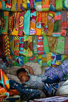 African textiles, in contrast to vietnamese---