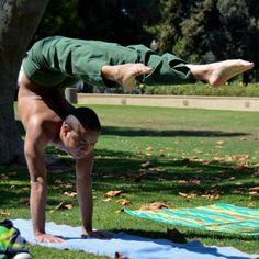 #yoga #yogi #yogapose #yogainspiration #antigravity #acroyoga #ashtanga #bikram #hotyoga #meditation #namaste #balance #More inspiration at Valencia Bed and Breakfast : http://www.valenciamindfulnessretreat.org